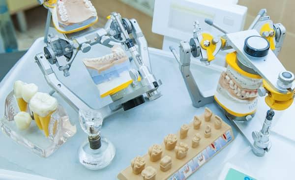 Laboratório de Próteses Dentárias